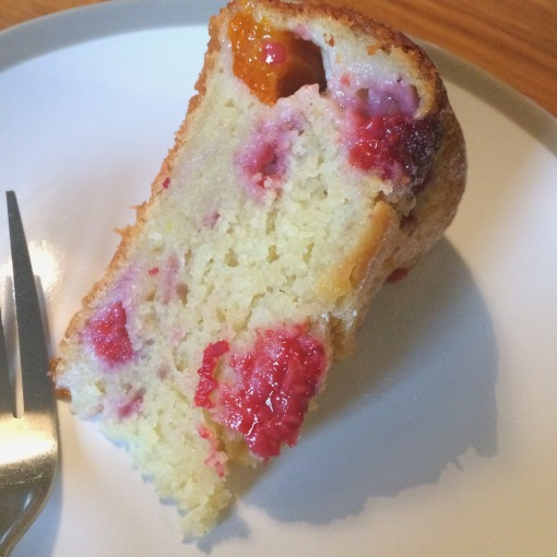 apricot and raspberry ricotta cake