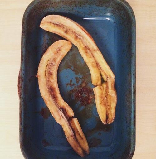 roast bananas nigellaeatseverything.com