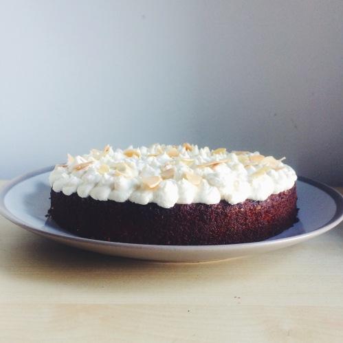 lemon almond mascarpone cake nigellaeatseverything.com