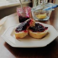 Blackberry picking - Bramble jam