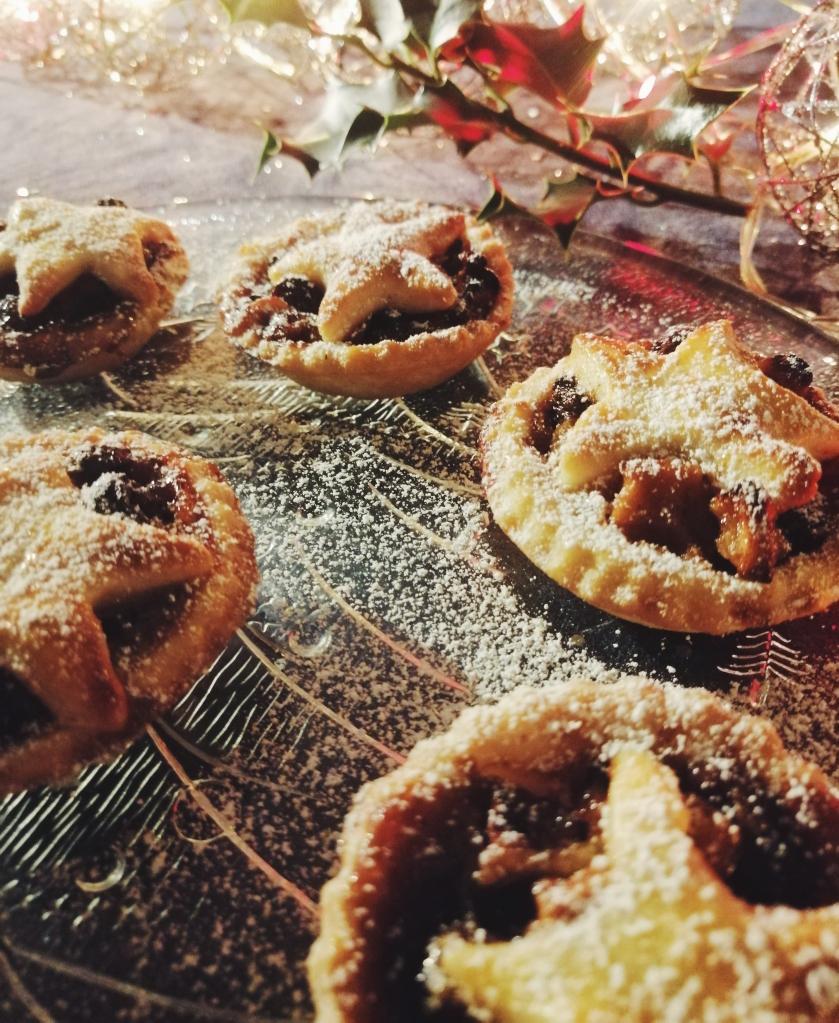 mince pies nigellaeatseverything.com