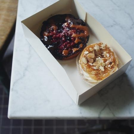 pastries in paris nigellaeatseverything.com